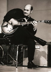 The great Joe Pass, in concert 1974, playing his Gibson ES175